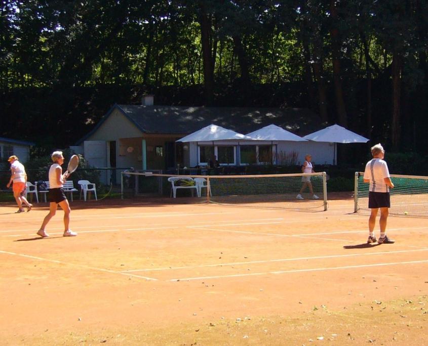 tennis-home